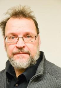 Lauri Lehtinen on sekä insinööri, että kuvittaja ja kirjailija.