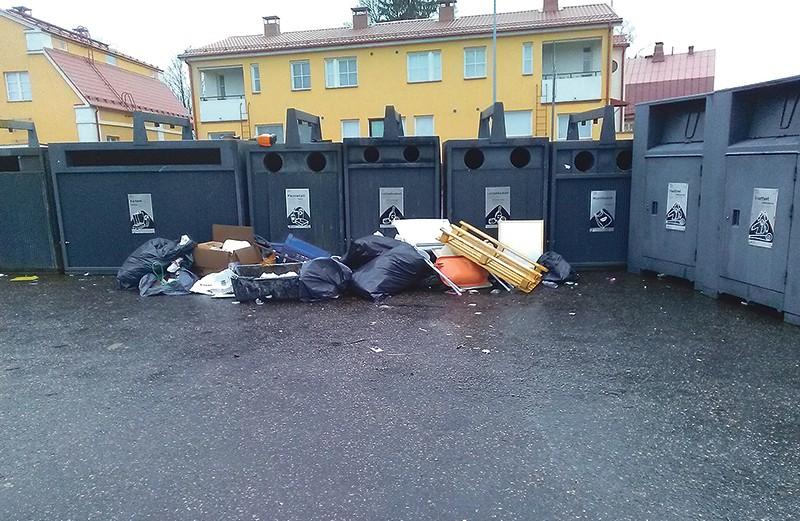 Mihin kierrättää vanhat vaatteet ja kodintekstiilit?