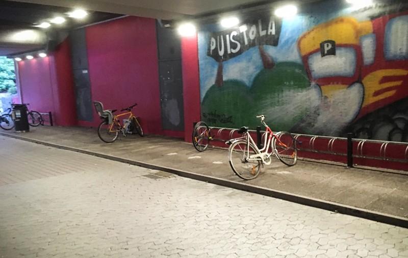 pyörät asemalla